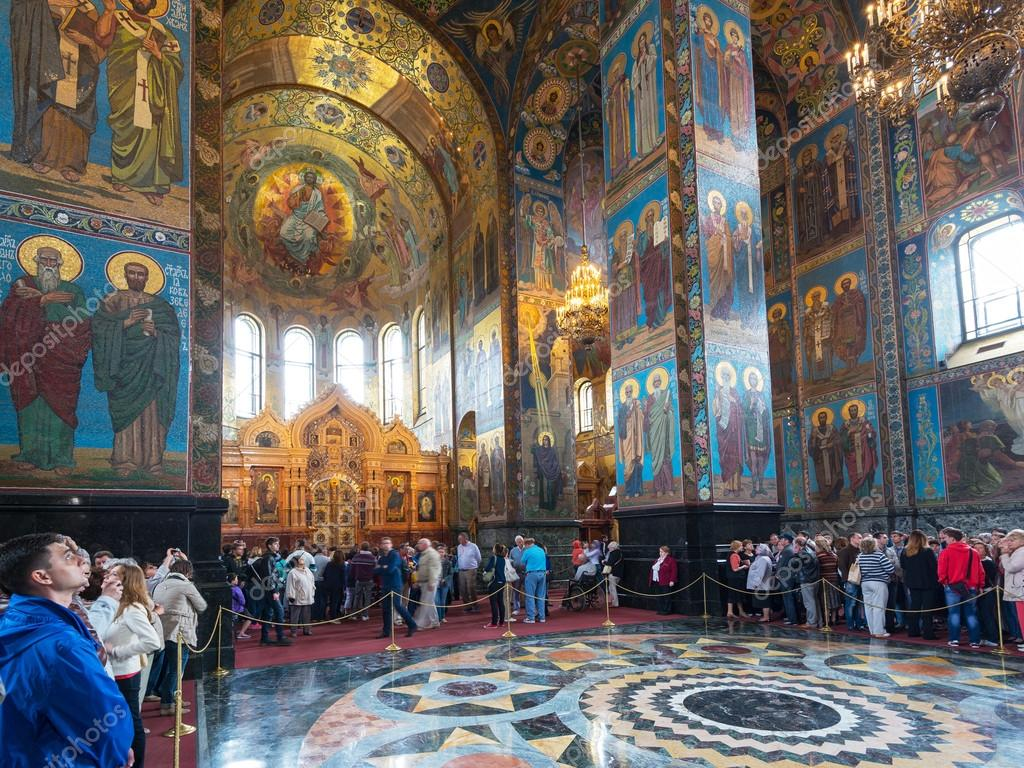 interior-of-church-of-our savior on spilled blood